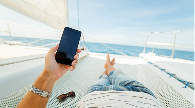 EU roaming charges scrapped: what it really means…